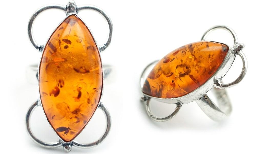 Peut-on trouver des insectes dans les bijoux en ambre ?